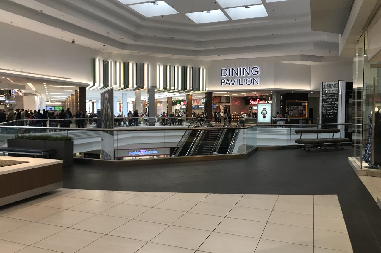 Woodfield Mall Dining Pavilion